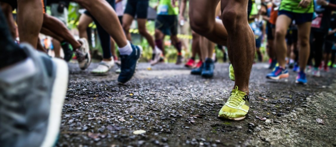 Starting running feet of runners